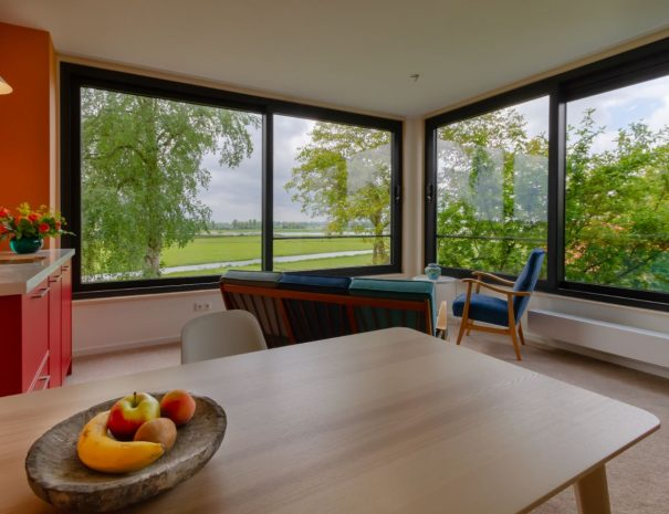 Woonkamer met uitzicht Amerongen suite